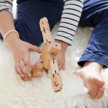 Casse-tête en bois Cubebot
