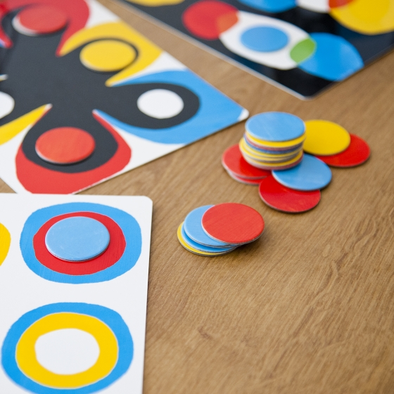 Un jeu par Hervé Tullet